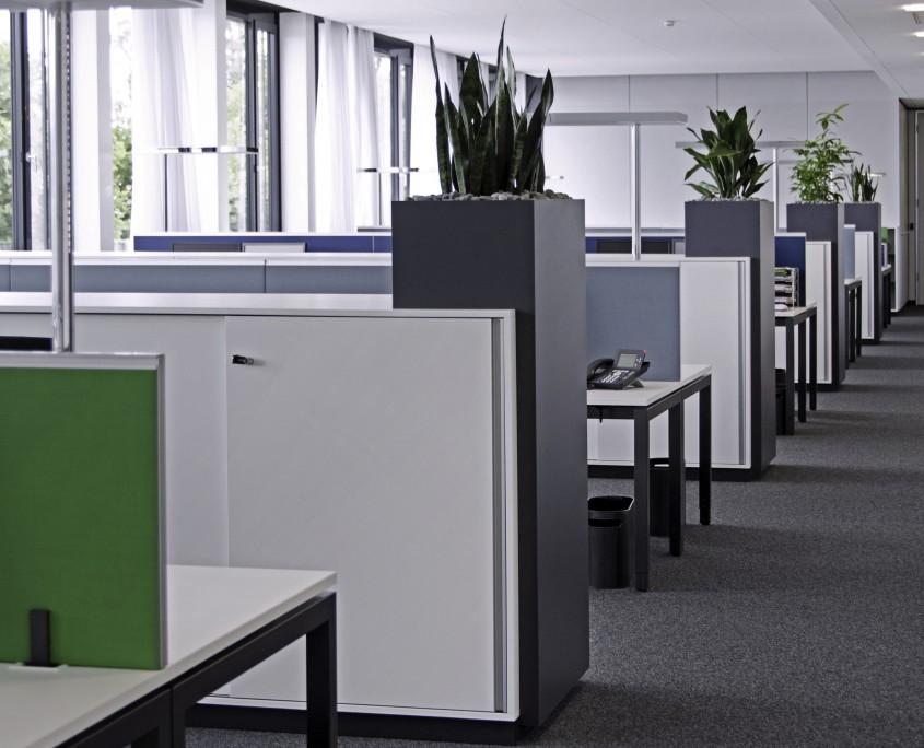 Bruker AXS Karlsruhe Büroeinrichtung