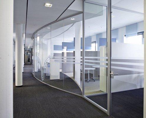 Ipsen Pharma Gläsernes Büro