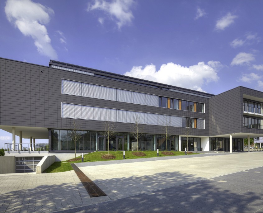 Ipsen Pharma Verwaltungsgebäude