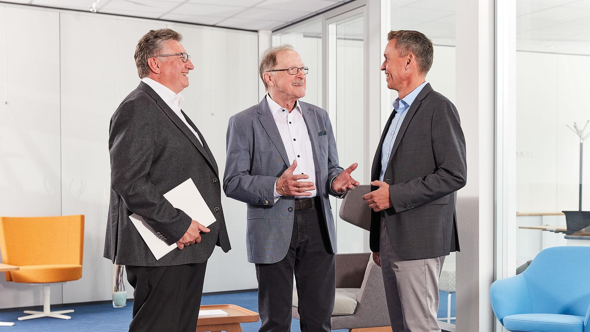 Firmengründer Winfried Riotte (Mitte)